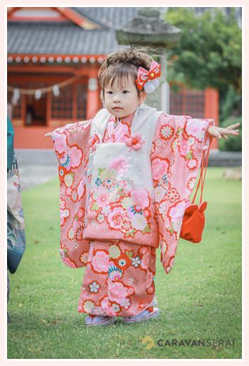 数えで3歳の女の子の七五三 ピンクの着物