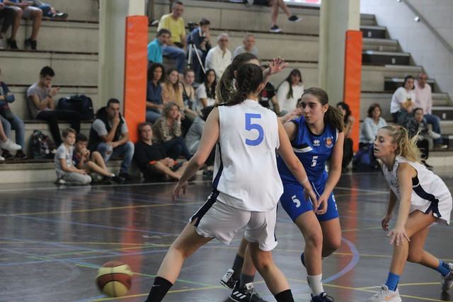 27/10/2019 Junior Esp Fem (Escolapios-Mikeldi))