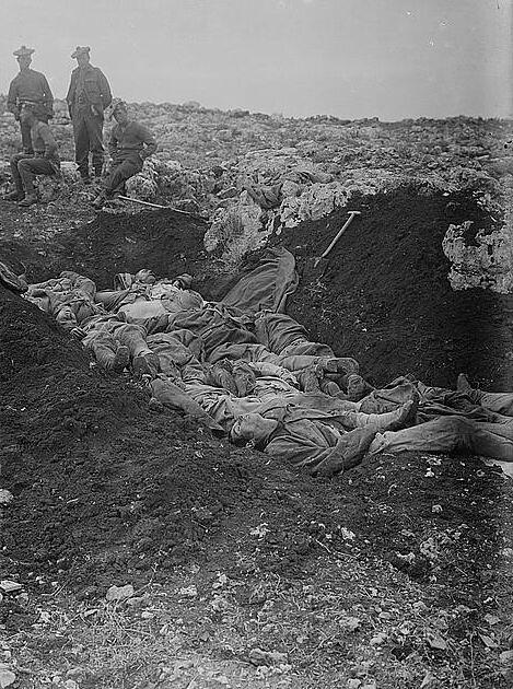 Tel-el-Ful-1917-dead-ottoman-soldiers-02233v