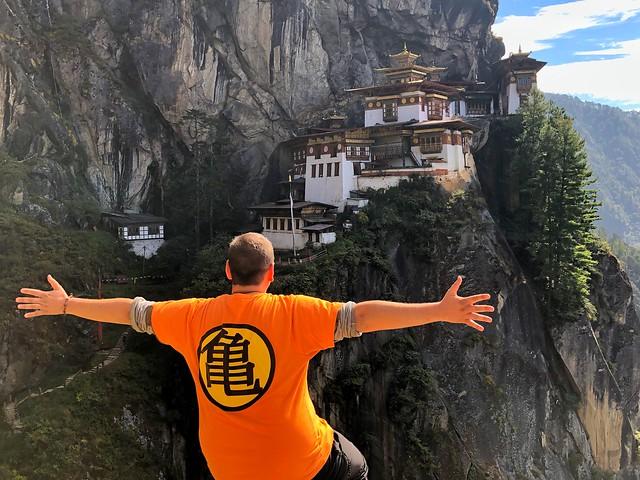 Sele en el Nido del Tigre (Bután)