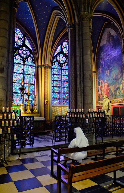Faith ... (Notre Dame) Paris
