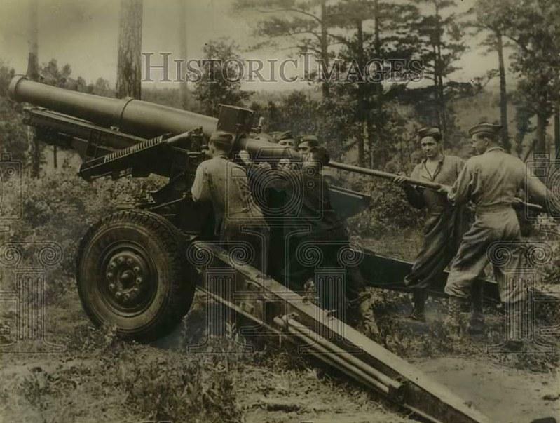 155mm-howitzer-T3-Ft-Bragg-1940-hi-1