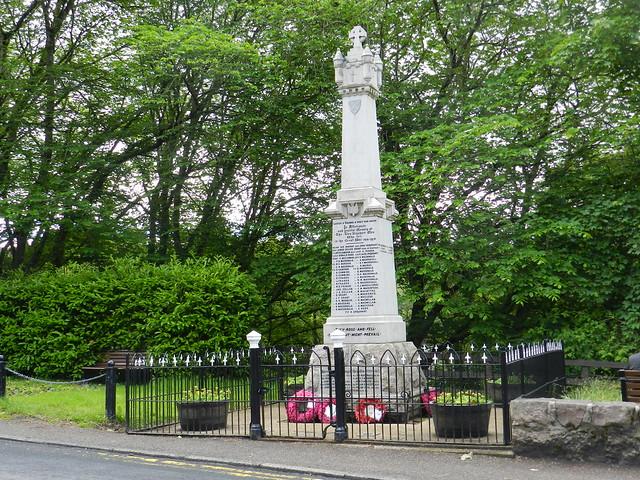 Glen Urquhart War Memorial, Drumnadrochit, June 2017