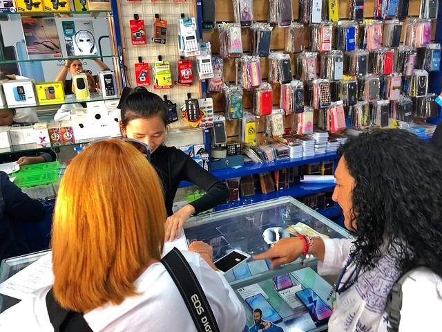 Comprando una tarjeta SIM de datos (prepago) en Bután