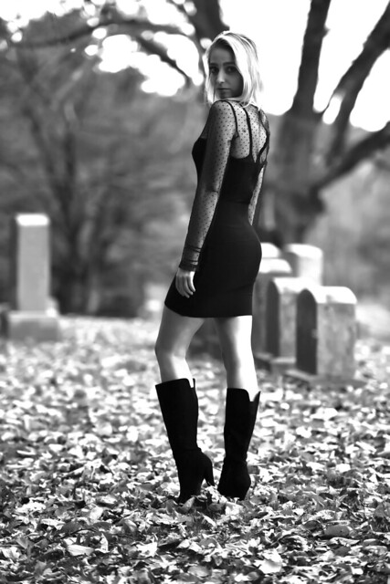 Kayla_cemetery_102819_1259bw