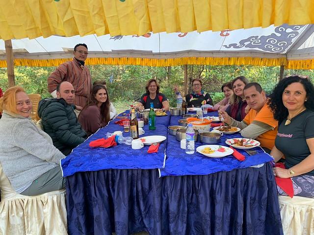 Comiendo en Bután