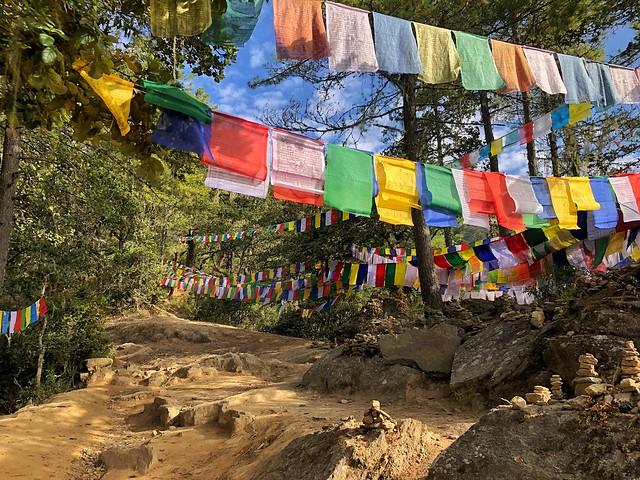 Sendero al Nido del Tigre en Bután