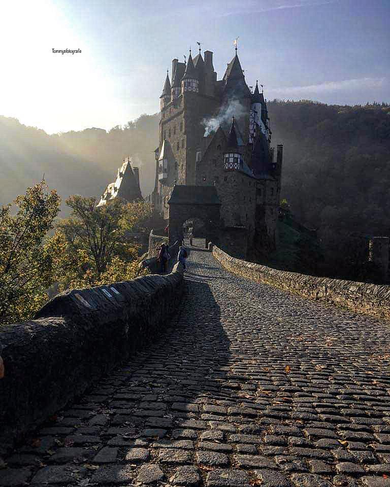 Burg Eltzt in der Eifel, Best place for Halloween.