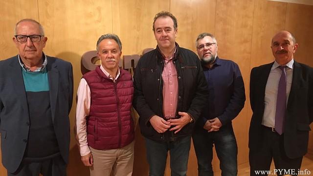 Representantes de CONFAES han celebrado una reunión con José Antonio Mirón, candidato de Ciudadanos al Congreso de los Diputados y Manuel Morán, candidato de Ciudadanos al Senado.
