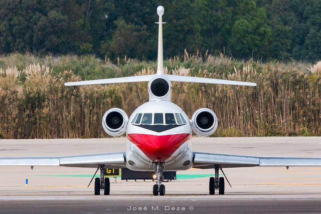 Ejercito del Aire Falcon 900b T.18-4