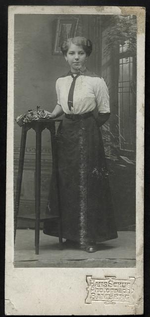 Archiv U233 Junges Mädchen, 1900er
