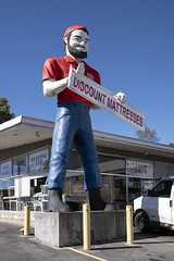 Muffler Man at Red Oak Trading Co., Coeburn, VA
