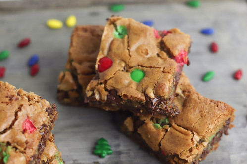 gluten-free-chocolate-chip-cookie-bars-1024x683