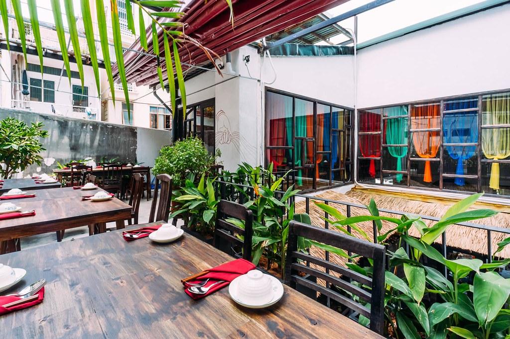 Shamballa Vegetarian Restaurant & Tea House Saigon 2