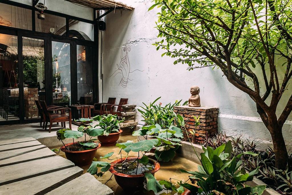 Shamballa Vegetarian Restaurant & Tea House Saigon 5