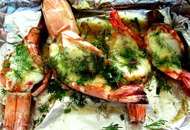 Baked cheese & garlic prawns