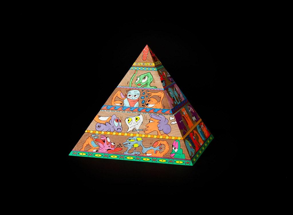 開賣即秒殺!AllRightsReserved x 紐約藝術家 Erik Parker 塗鴉木雕藝術作品《 WOKE 》全球限量25個