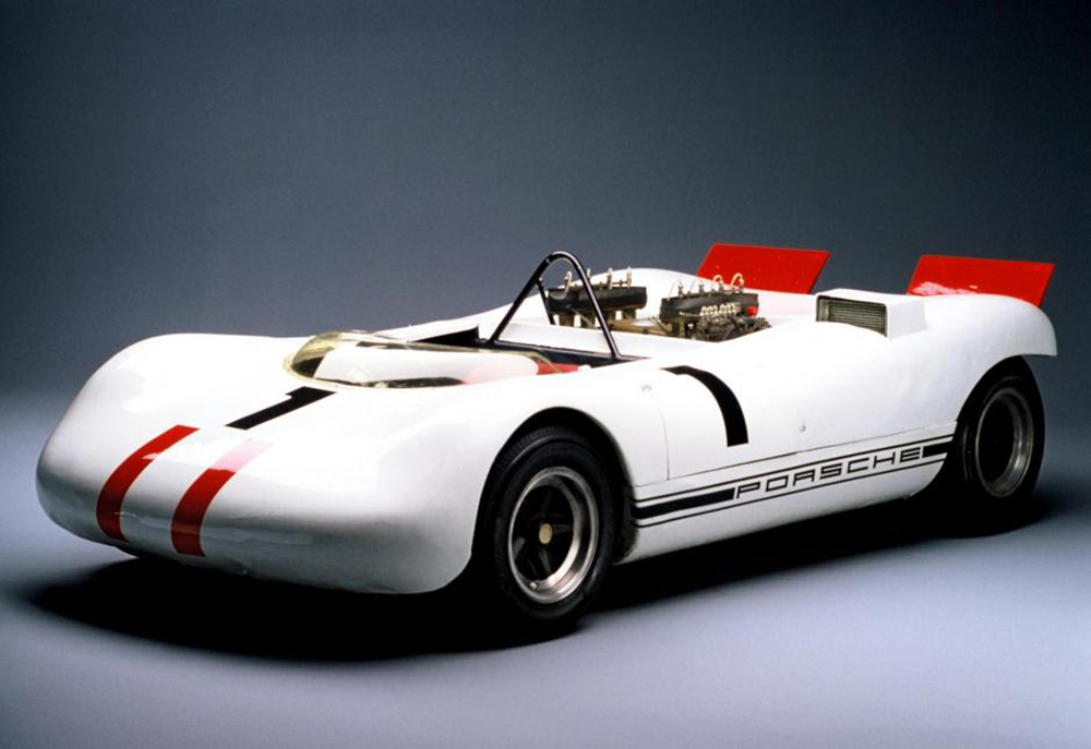 exotic-toxic-and-intense-the-porsche-909-bergspyder-1476934619575