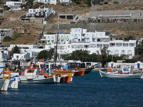 bateaux multicolores