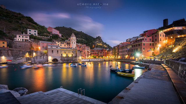 Vernazza - Long exposure at blue hour