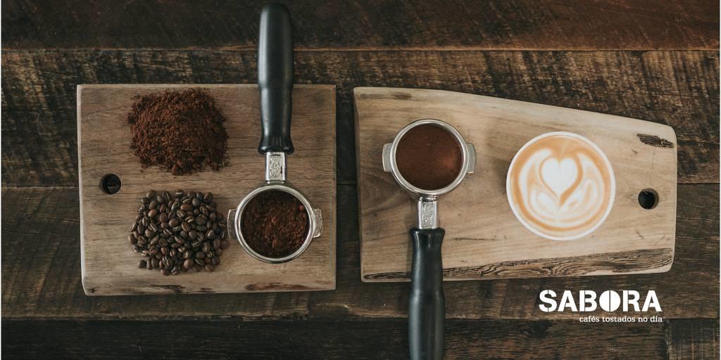 latte art con una cafetera express