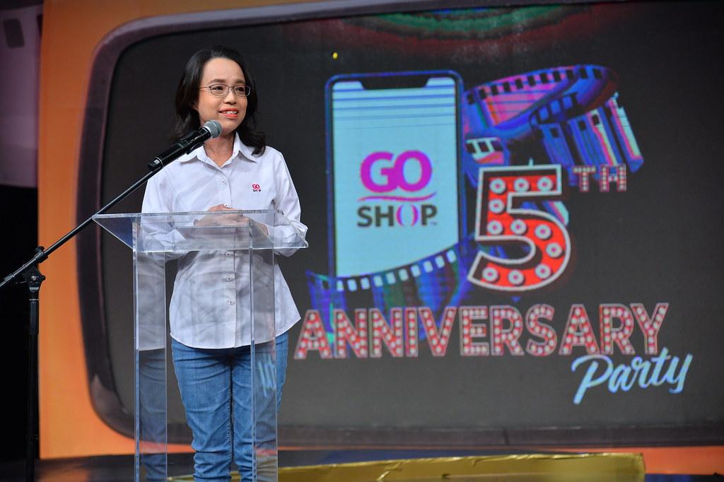 1. Dr. Grace Lee (CEO of Go Shop)