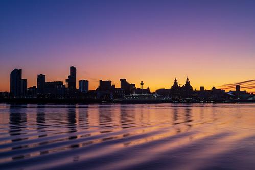 sunrise liverpool liverbuilding landscape cityscape rivermersey birkenhead england unitedkingdom