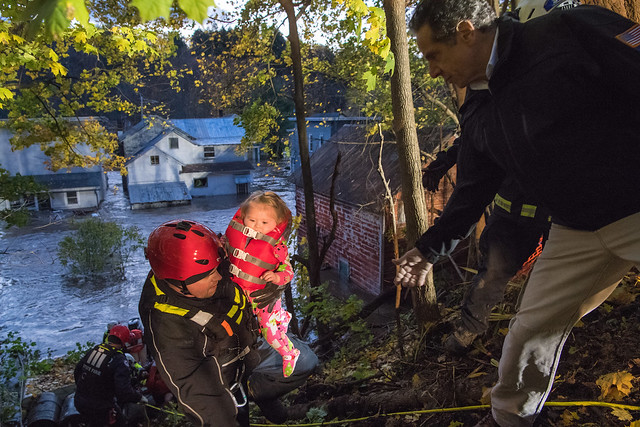 Governor Cuomo Meets with Emergency Response Team and Surveys Storm Damage