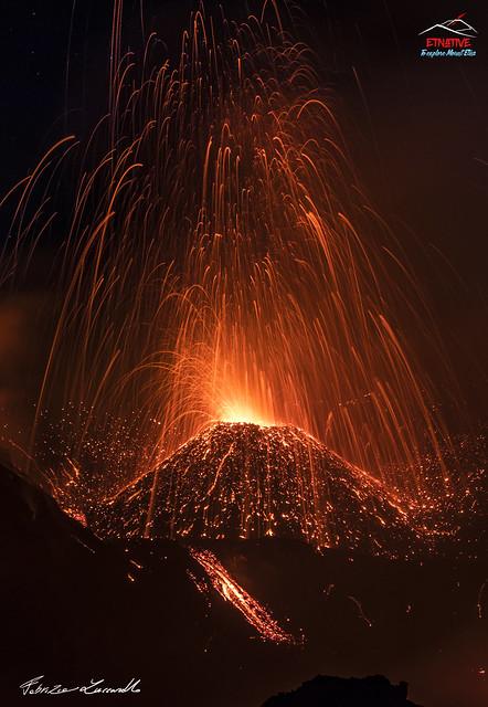 #Etna - Voragine in attività stromboliana