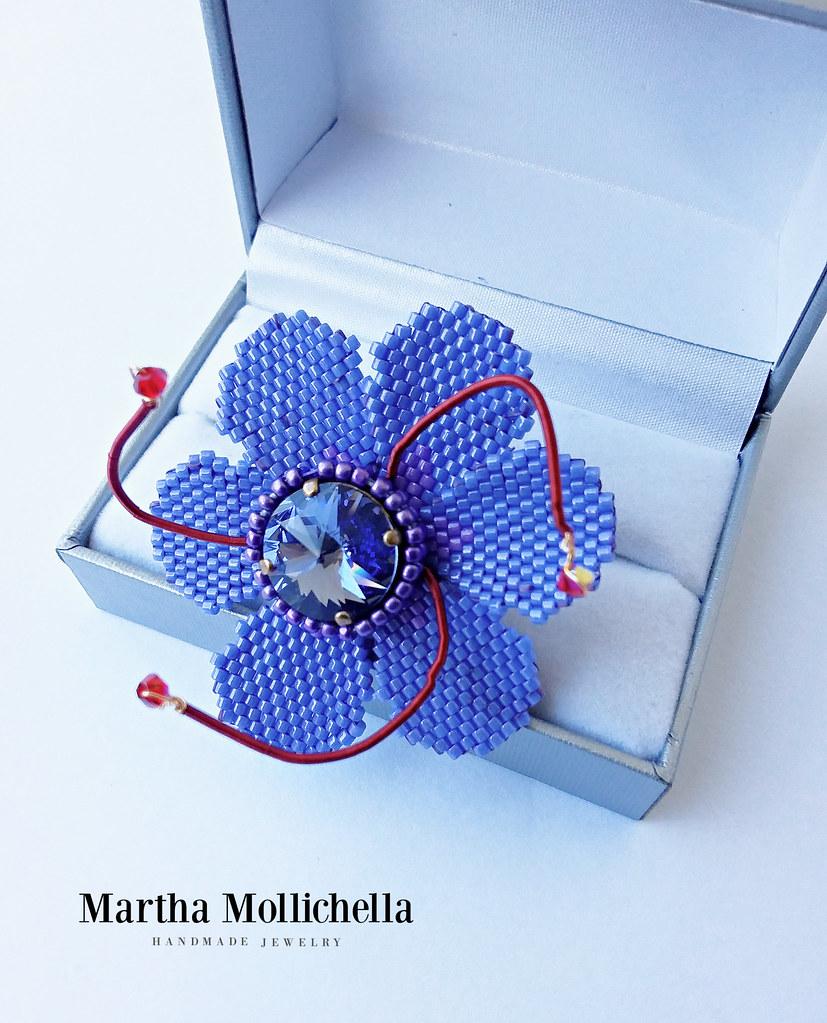 Zafferano saffron Martha Mollichella crocus flower beads miyuki Martha Mollichella Handmade Jewelry
