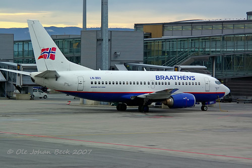 SAS Norge B737-505 LN-BRX at ENGM/OSL 16-11-2007 | by Ole Johan Beck