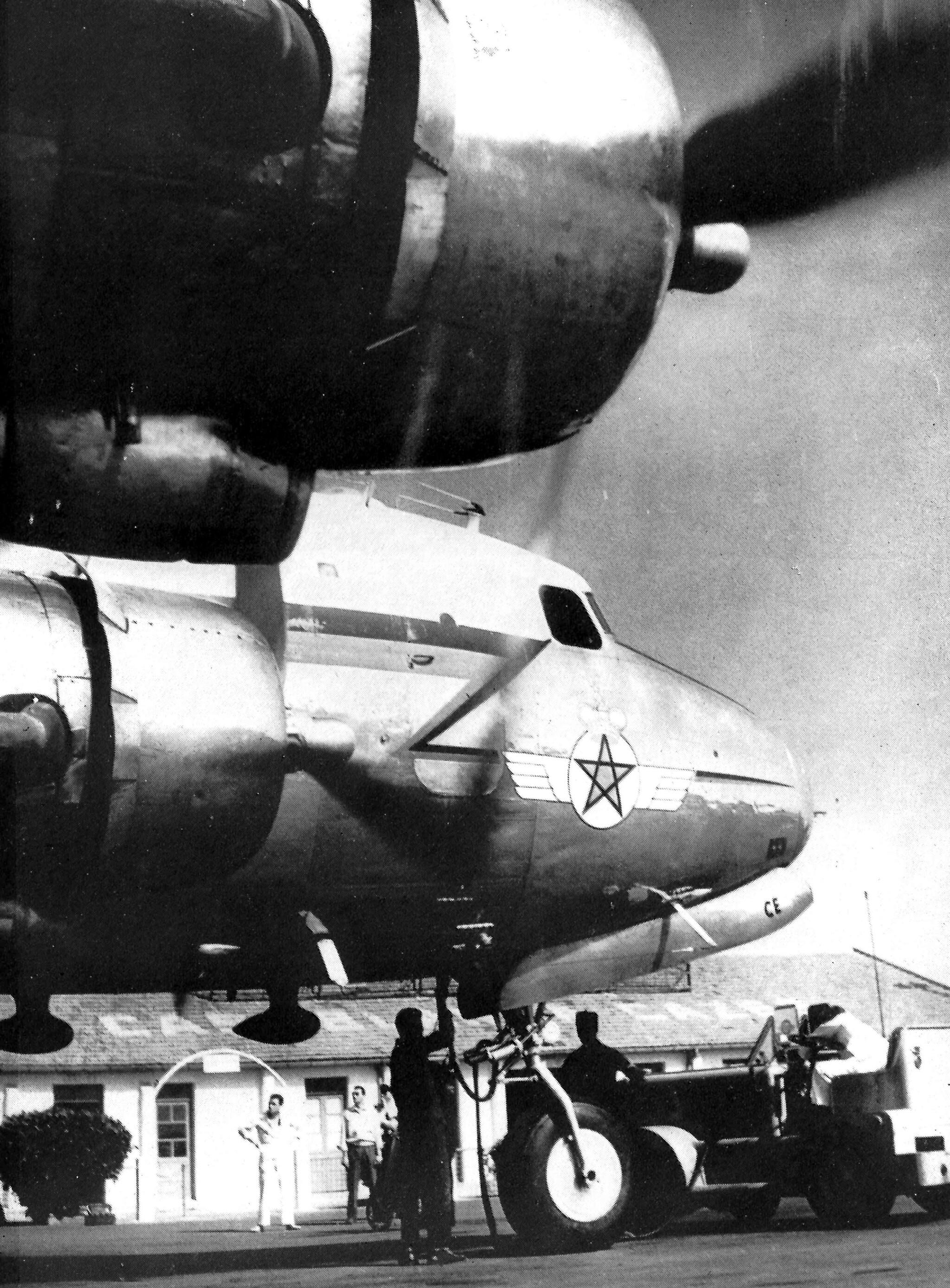 Anciens avions de la RAM - Page 4 48999529567_01a8fa060f_3k
