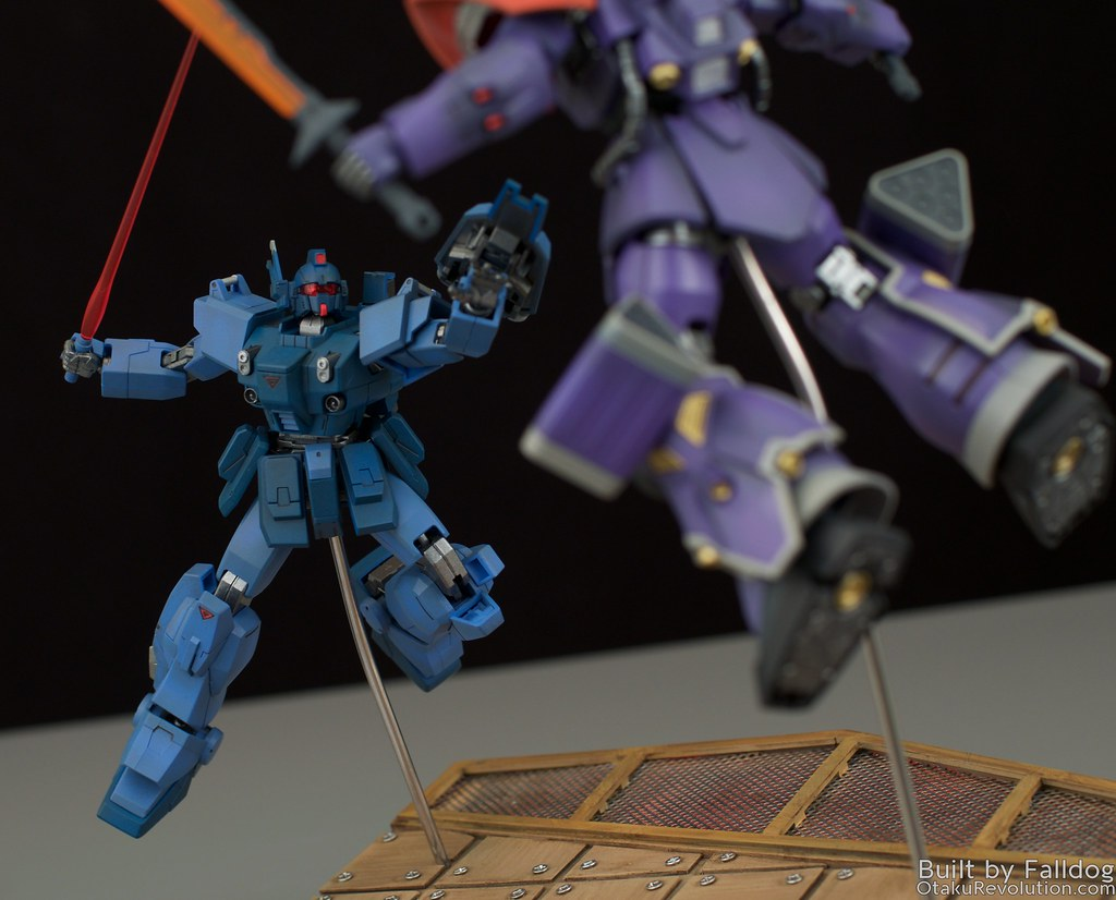 Blue Destiny vs Efreet Custom 11