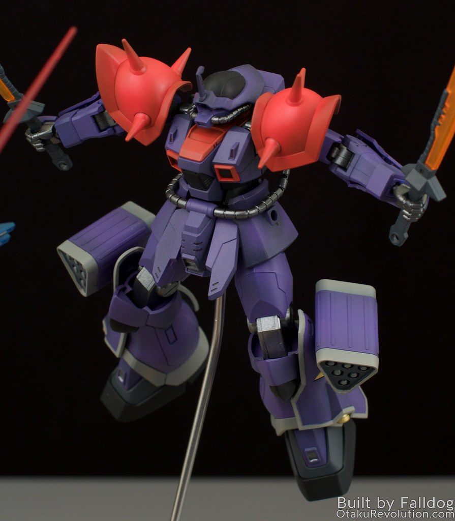 Blue Destiny vs Efreet Custom 13