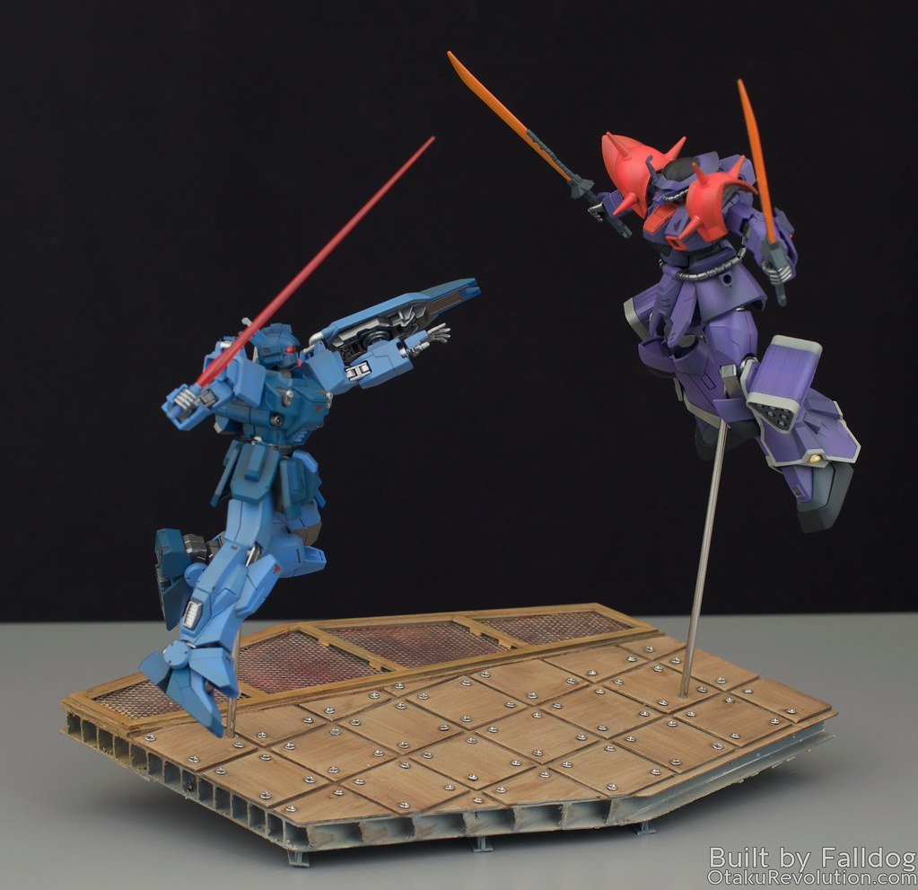 Blue Destiny vs Efreet Custom 1