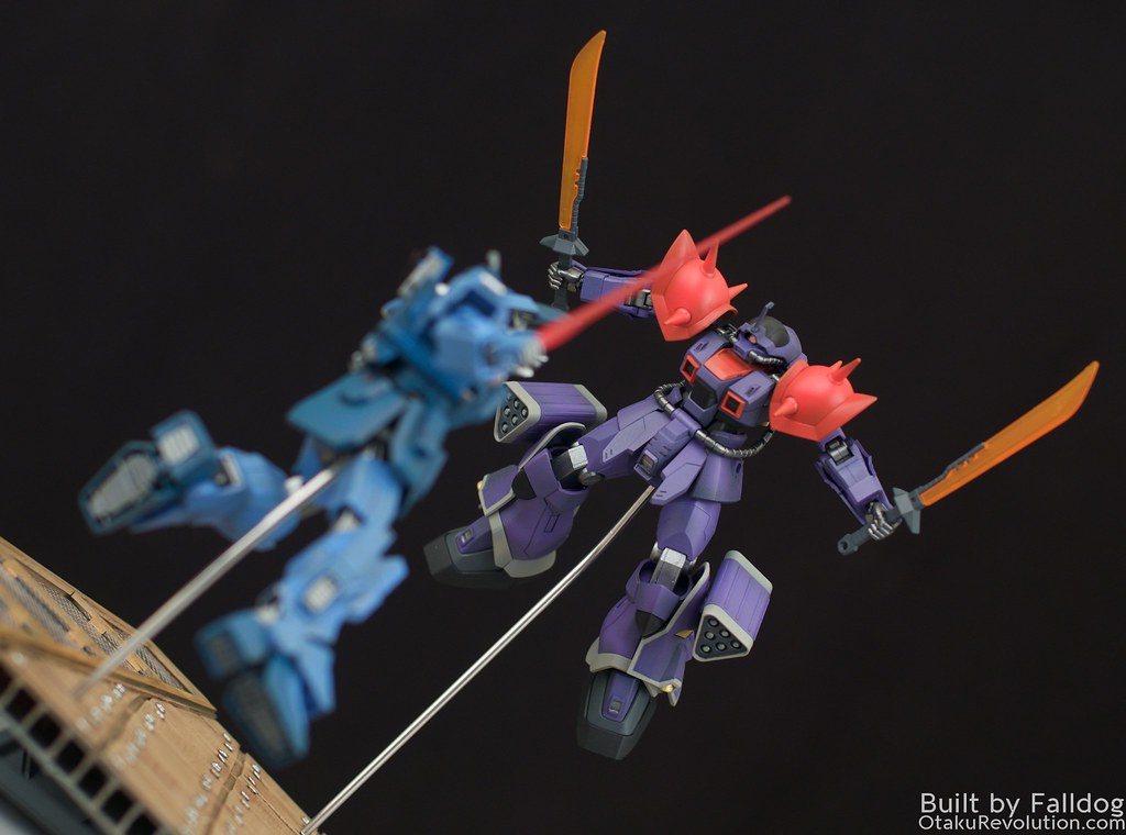 Blue Destiny vs Efreet Custom 5