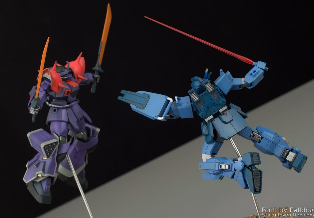 Blue Destiny vs Efreet Custom 9