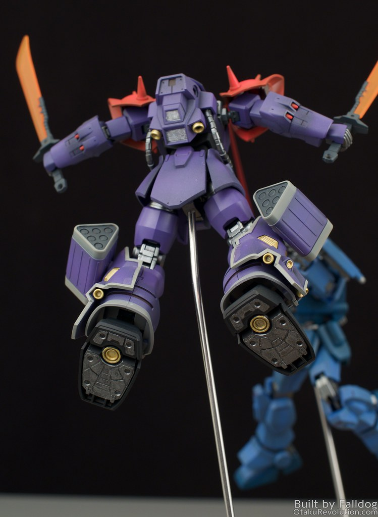 Blue Destiny vs Efreet Custom 12
