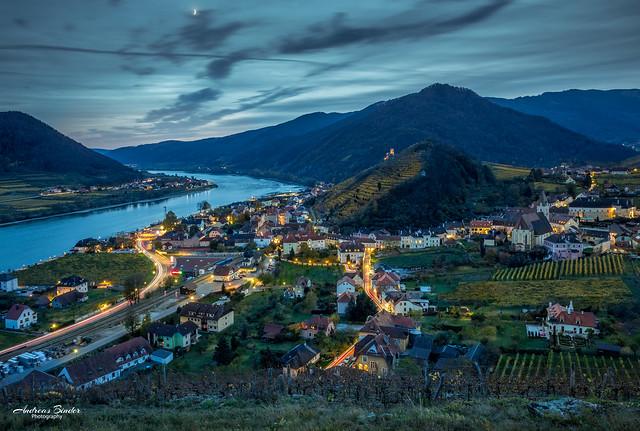 Spitz an der Donau im Herbst