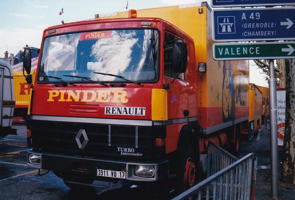 Renault R310-19T Cirque Pinder Valence (26 Drôme) Mai 1997a