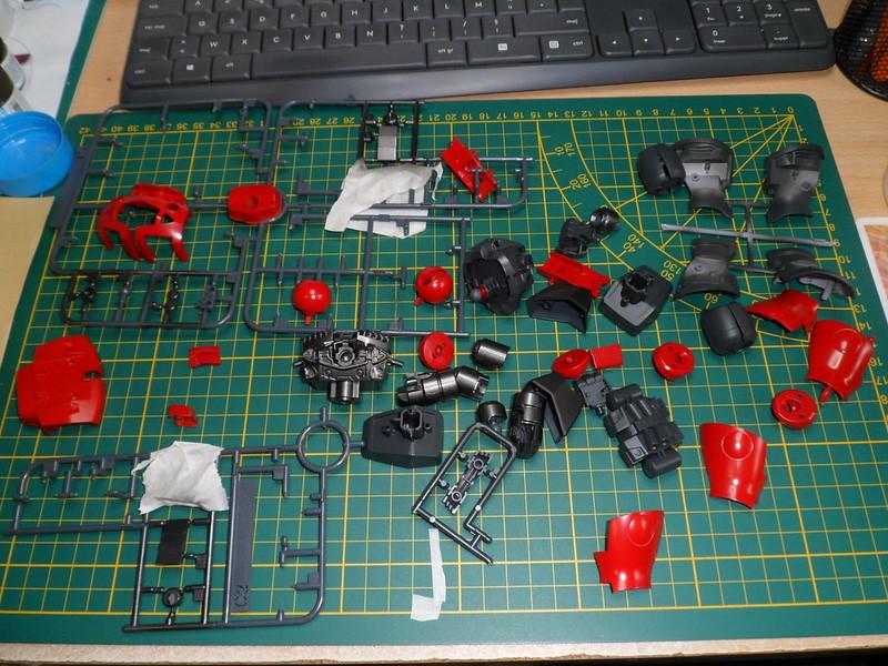 Défi moins de kits en cours : Diorama figurine Reginlaze [Bandai 1/144] *** Nouveau dio terminée en pg 5 - Page 5 49000825352_556e845234_c