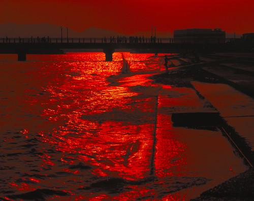 reflection silhouettes sunset takeshima gamagori aichi japan 6x7 film