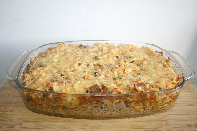 40 - Pork Chop hunter style with spaetzle - Finished baking / Ofengeschnetzeltes Jäger Art mit Spätzle - Fertig gebacken