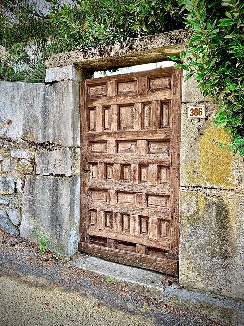 Gate in Biviers