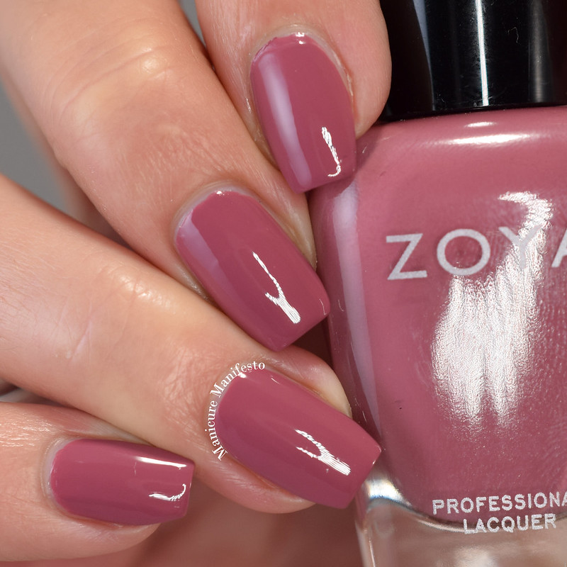 Zoya Twinkling swatch
