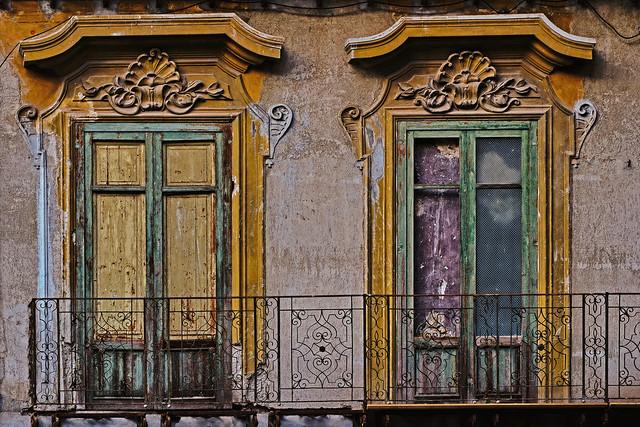 Faded Grandeur - Palermo.
