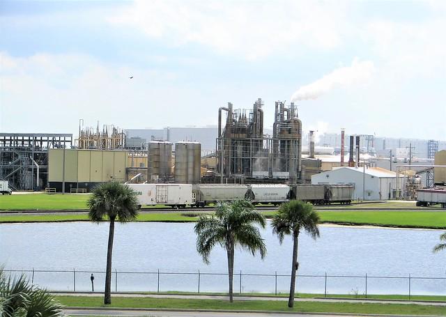 Heavy industry 375