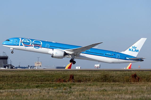 PH-BKA - Boeing 787-10 - KLM - KATL - Oct 2019