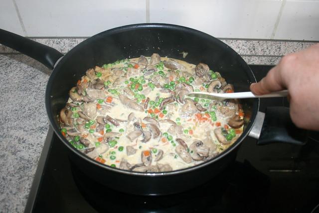 31 - Verrühren & Erbsen heiß werden lassen / Stir & let get peas hot