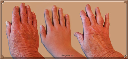 3 Right Hands 2019 Weekly Alphabet Challenge Week #44 Right